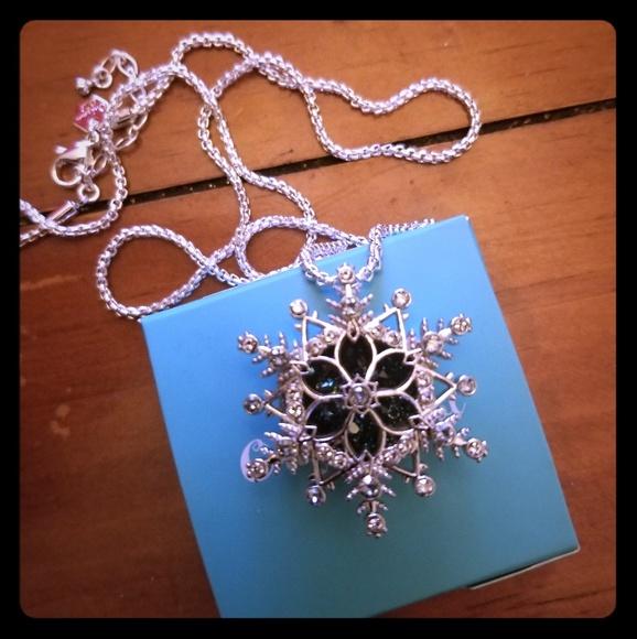 Origami Owl Jewellery Canada | Custom Lockets & Charms | Origami Owl | 580x578